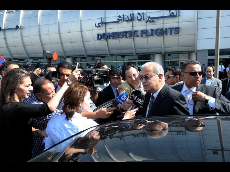 Бомба е най-вероятната причина за падането на самолета на Egypt Air - картинка 1