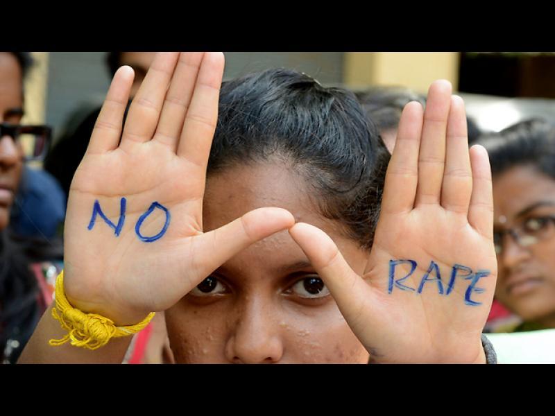 Индия: Паник бутон във всеки автобус заради вълната от изнасилвания - картинка 1