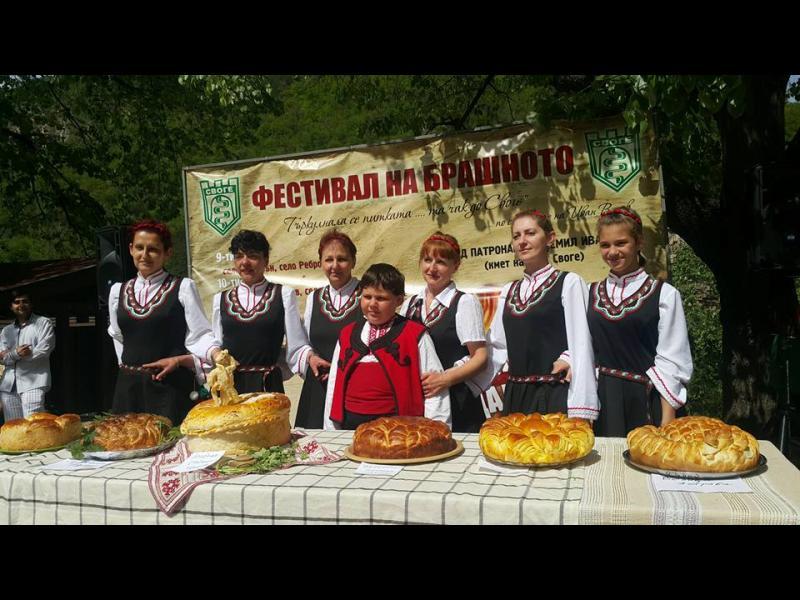"""""""Дядо Йоцо гледа"""" - хит на Фестивала на брашното - картинка 2"""