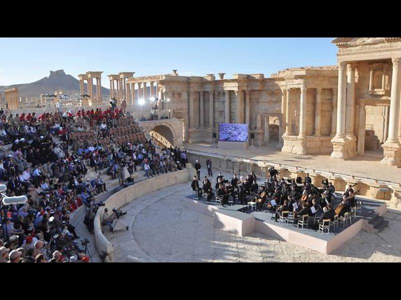/СНИМКИ/ Грандиозен концерт в Палмира - картинка 1