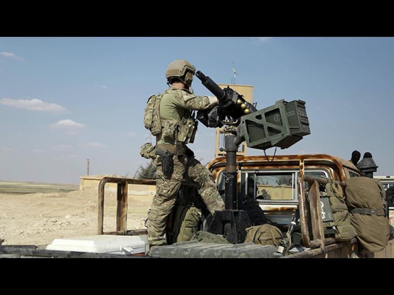 Ердоган бесен на американските военни - снимали се с кюрдски отличителни знаци на униформите - картинка 4