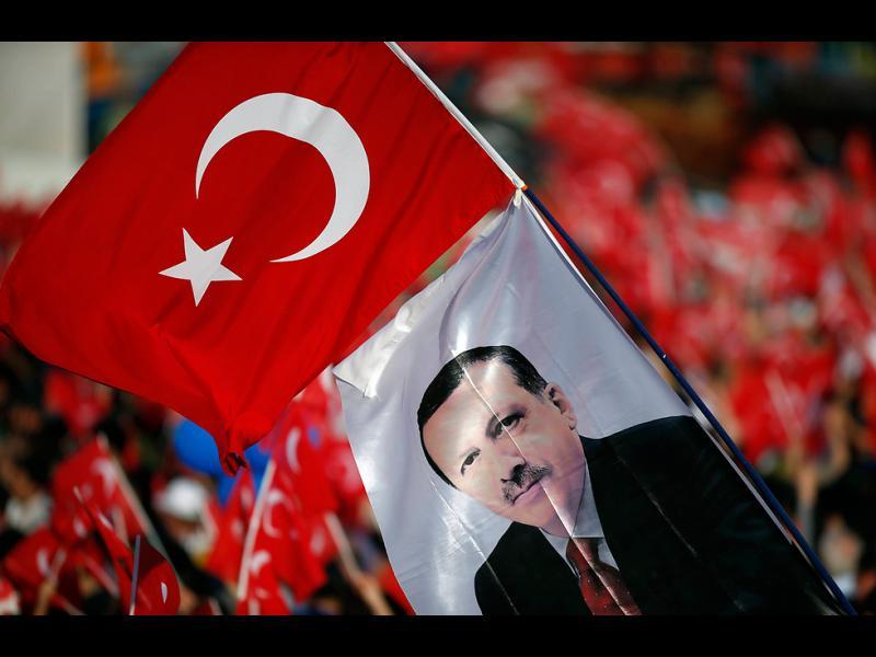 Турция отбеляза 563-та годишнина от превземането на Константинопол - картинка 1