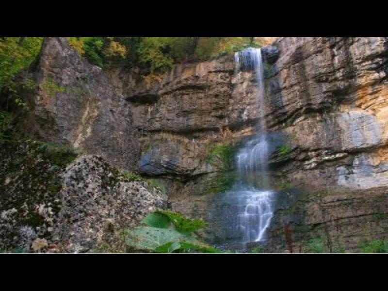 България - открийте себе си: Вазова екопътека и водопадът Скакля - картинка 2