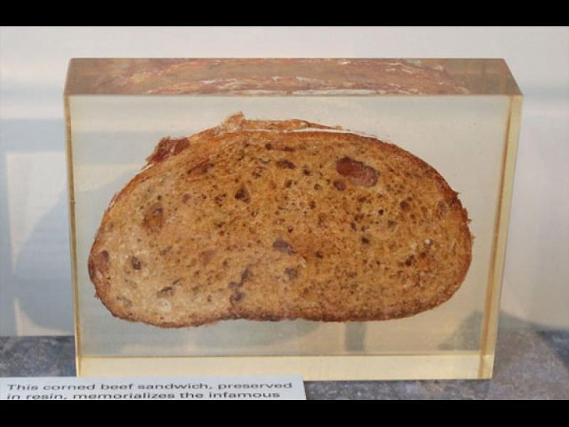 """Сандвичът, който почти уби екипажа на """"Джемини 3"""""""