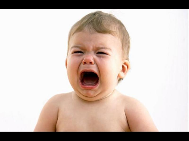 Как да се преборим с малкото плачещо бебче