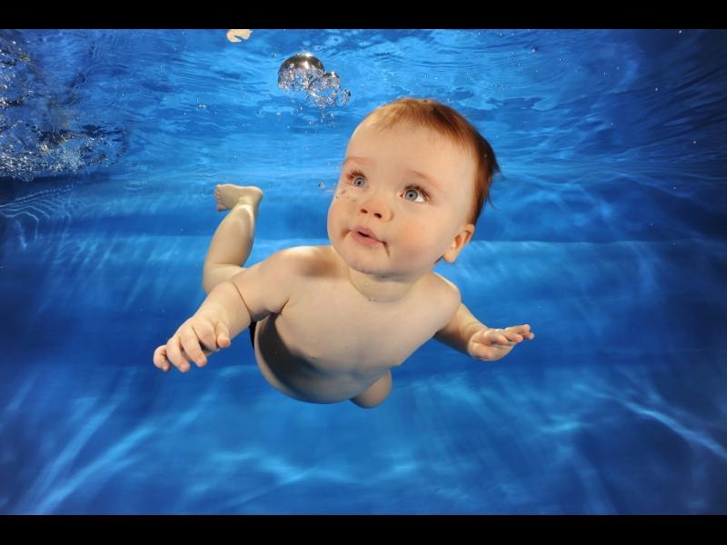 Кога е време да научите малчовците да плуват