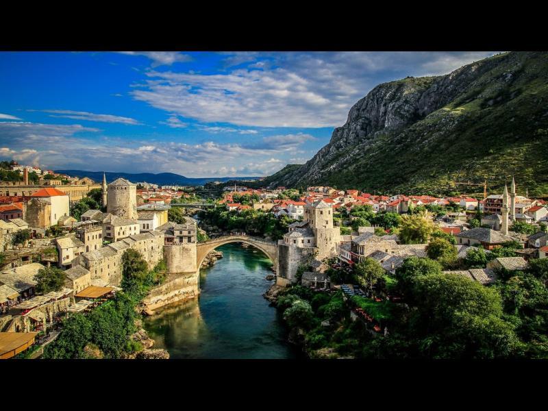 Десетте най-красиви стари мостове в света