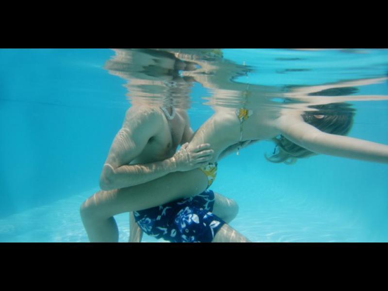 Опасности дебнат любителите на секс във вода