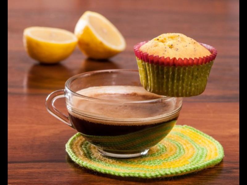 Време е да дебелеем! Как да си направим вкусни лимонови мъфини с маково семе?
