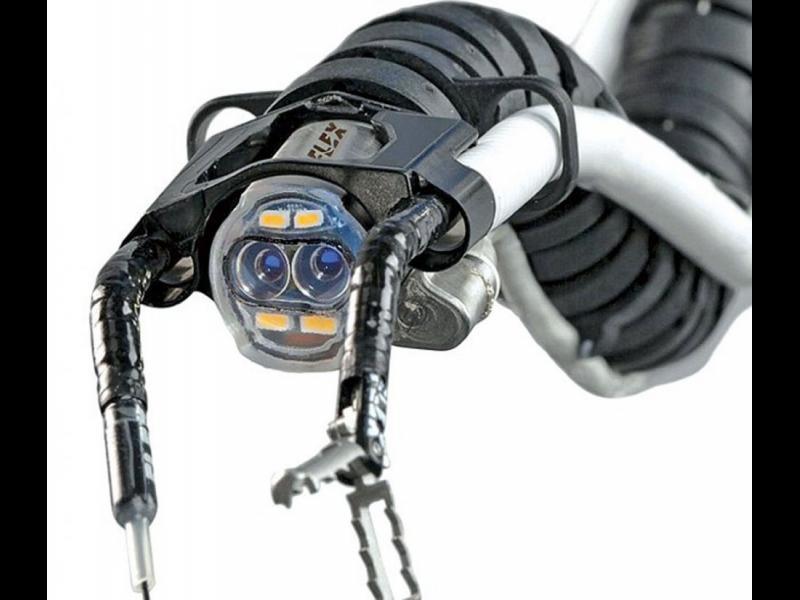 Роботизирана змия извършва безкръвни операции