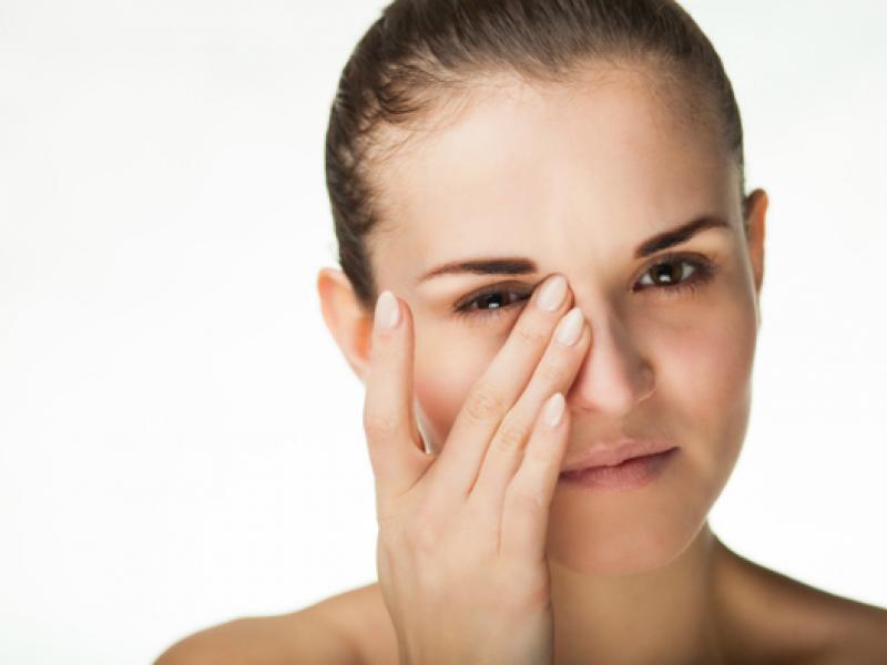Как да успокоите уморените си очи?