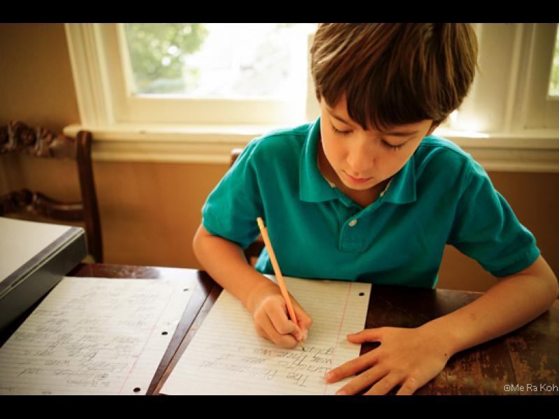 Как да научим детето да пише?