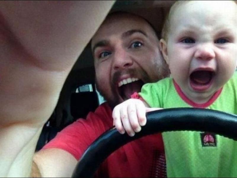 15 причини да не оставяте бебето само с баща му!