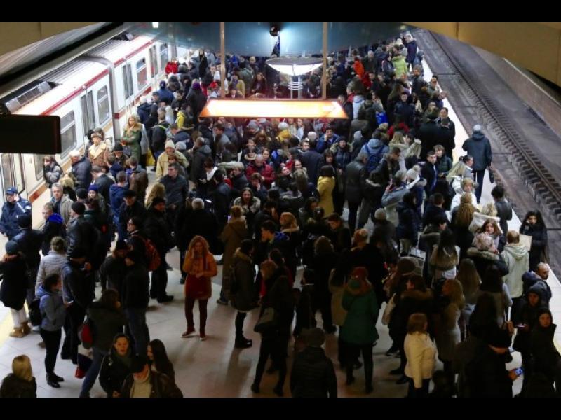 Авария в метрото предизвика хаос в София в час пик