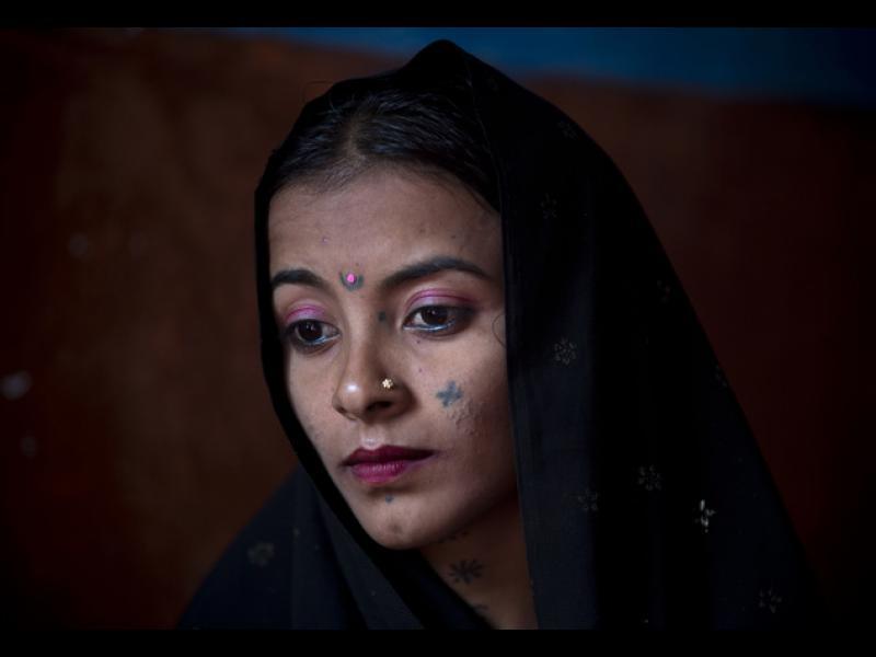 """Пакистан: Отвлечени момичета """"плащат"""" дълговете на родителите си"""