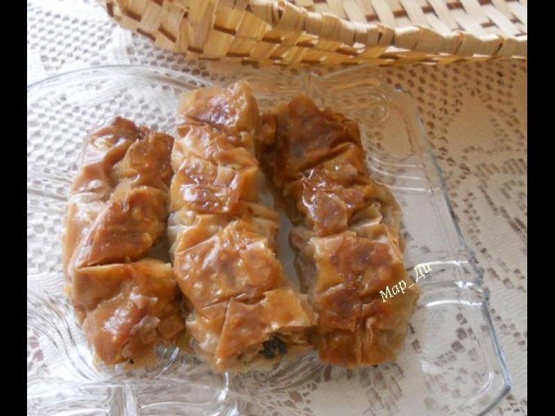 Манджите на баба: Орехова саралия - картинка 1