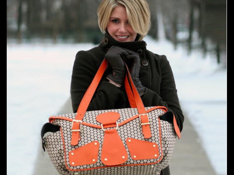6 неща, които майката винаги трябва да носи в чантата си