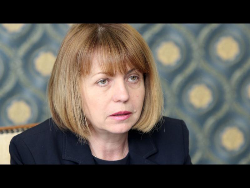 Фандъкова отказа да плаща на фирмата, почистваща Цариградско шосе - картинка 1
