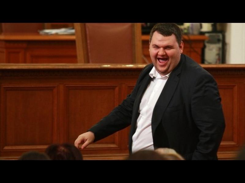Пеевски отново ще е депутат