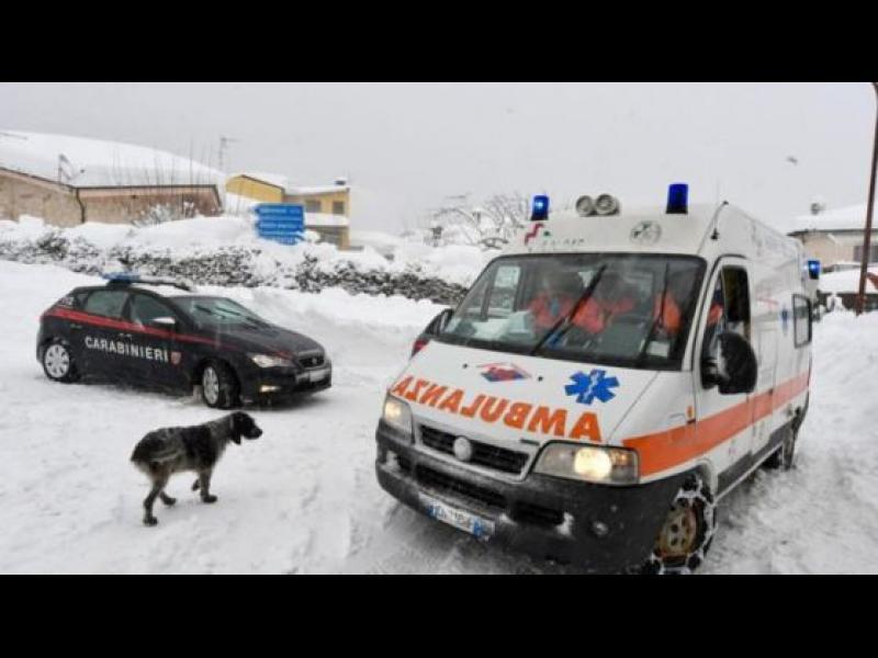 Много жертви в хотел, затрупан от Лавина в Италия /ВИДЕО/