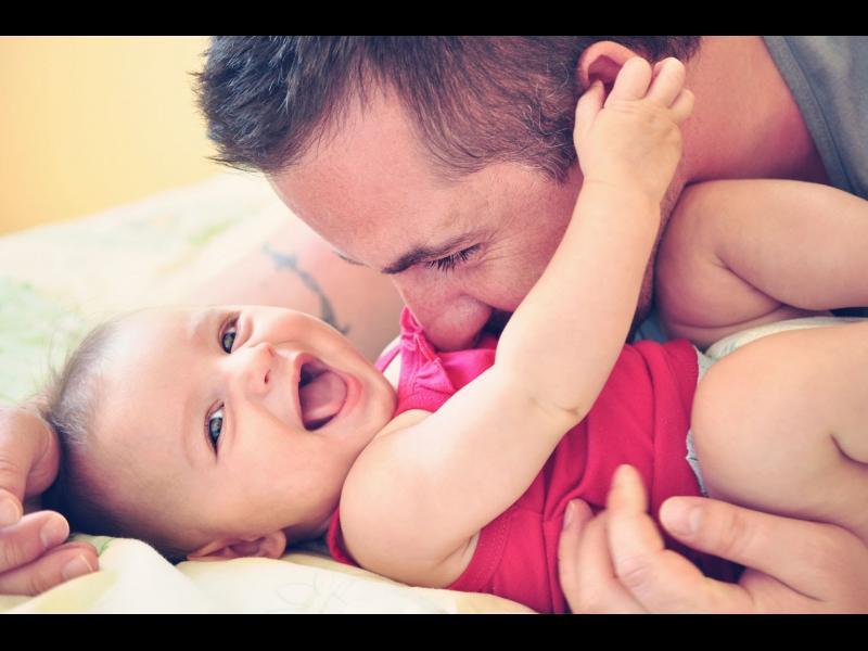 11 безнадеждно остарели правила за отглеждане на бебета