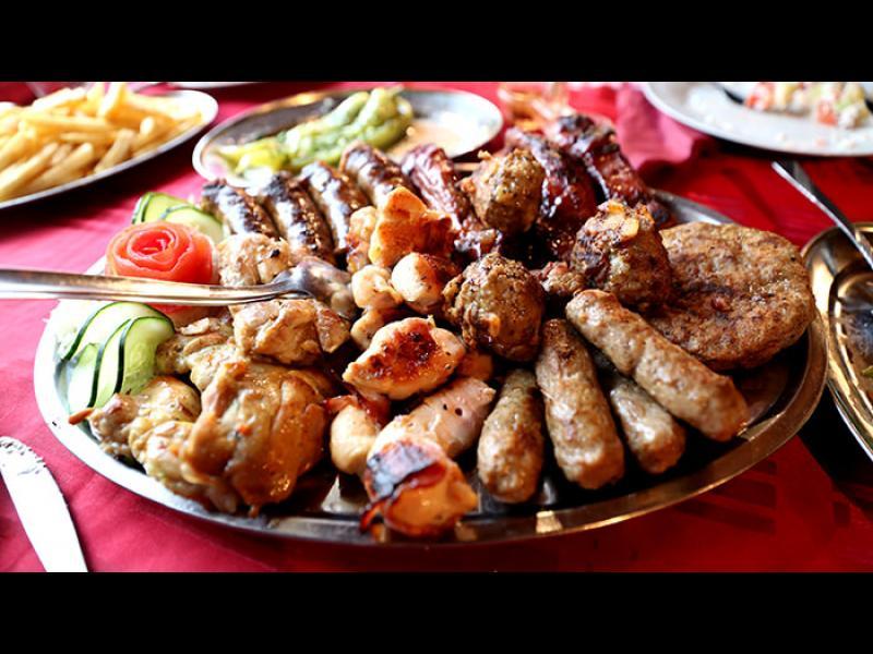 Нова Година в Сърбия: Сърбите и месото