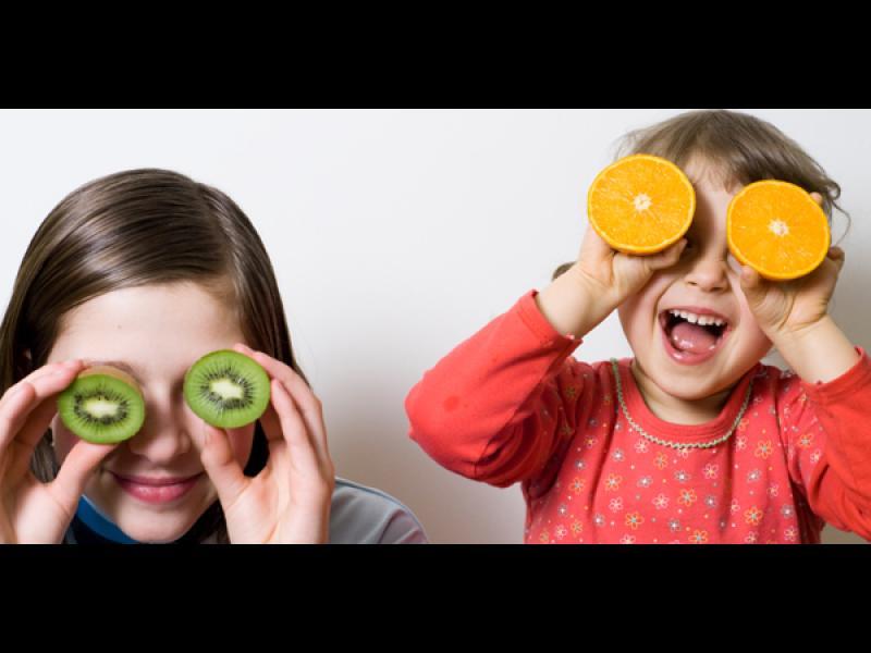 Как да накараме децата да се хранят правилно