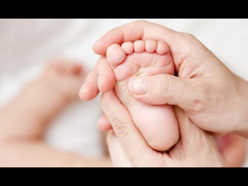 Масажът - стимул за бебето, релакс за майката