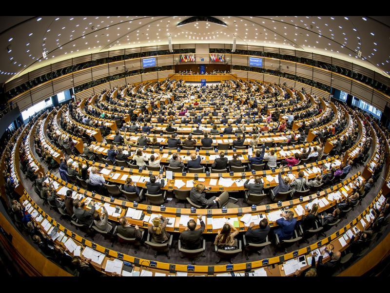 Европейският парламент гласува за създаване на обща армия