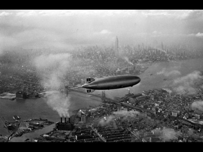 """Първият полет на """"Хинденбург"""""""