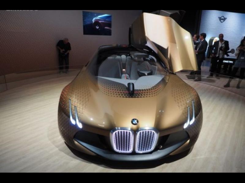 BMW: Изцяло безпилотна кола след 3 години - картинка 1