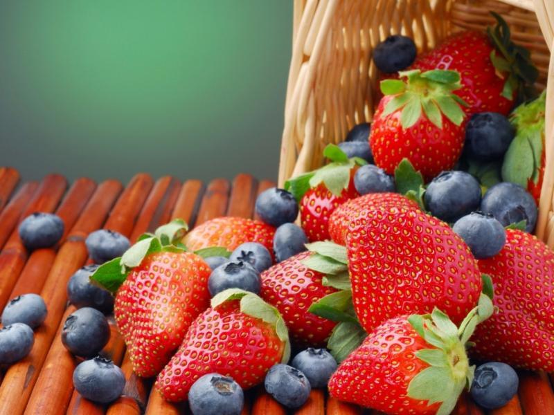 Хапвайте тези 5 храни и повече няма да имате проблеми със сърцето!
