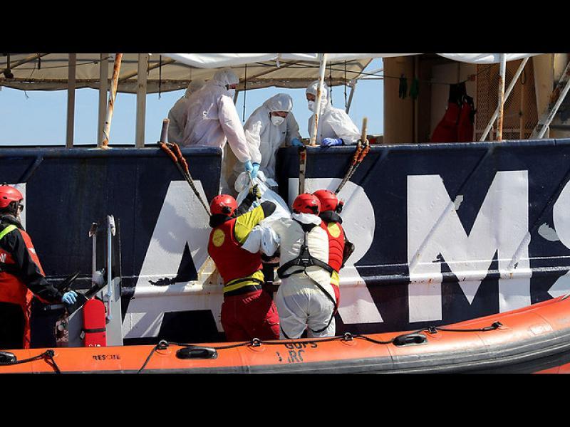 240 мигранти вероятно са се удавили в Средиземно море