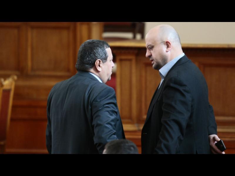 Камен Костадинов от ДПС напуска НС