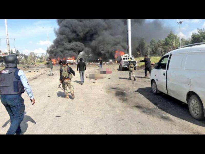 Най-малко 65 жертви при самоубийствен атентат срещу евакуиращи се сирийци в Идлиб
