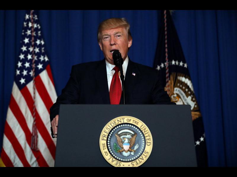 """Трансформацията на Тръмп: От """"Първо Америка"""" до """"Президент на света"""""""