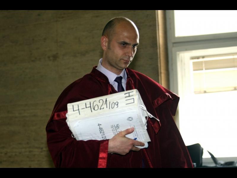 Прокурор от шпицкомандата на Цацаров набил дете. Шефката на СГП оказва натиск