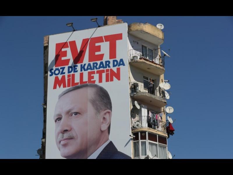 Референдумът в Турция: Затваряне на кръга - Ердоган получи всичко, което искаше