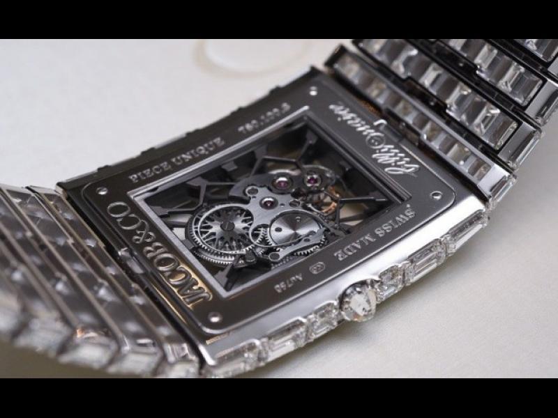 Този часовник струва колкото 90 коли Ferrari