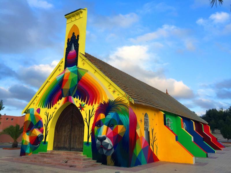 Уличен художник трансформира фасадата на мароканска църква /СНИМКИ/