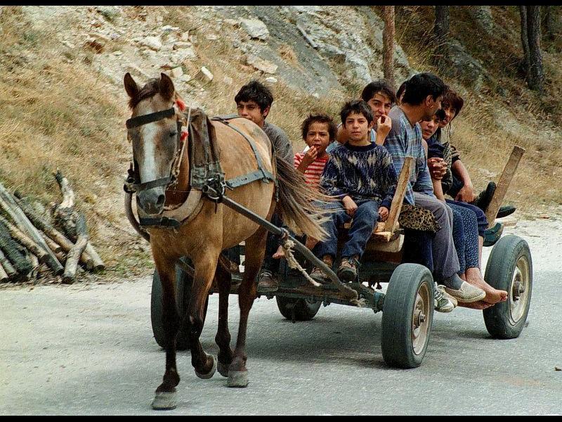 Как се харчат парите от Европа за ромите?