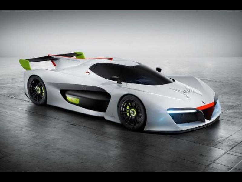 Италиански дизайнери искат да удивят света с нов автомобил