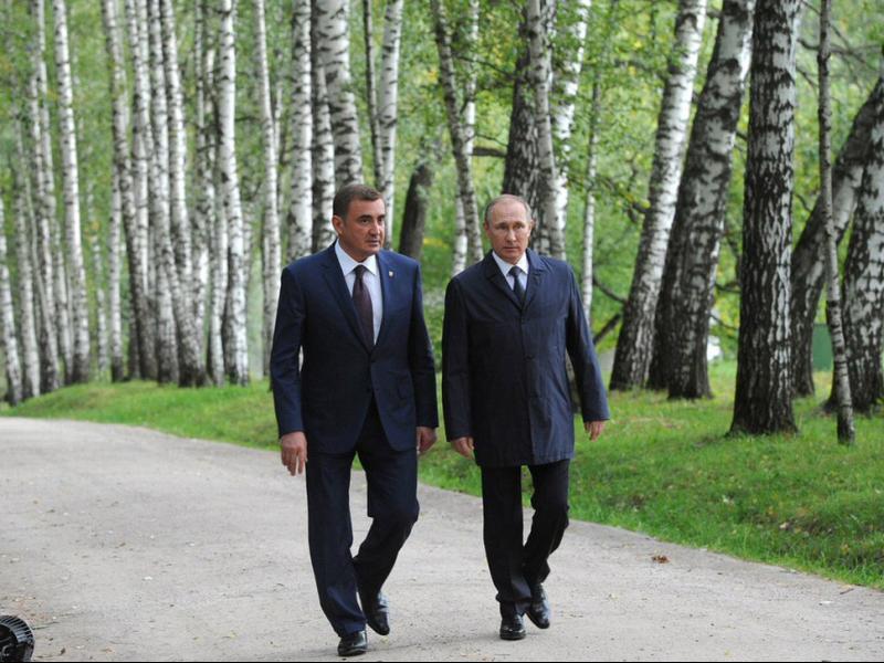 От Русия с голяма доза вероятност: Бивш охранител на Путин ще го замести на президентския пост