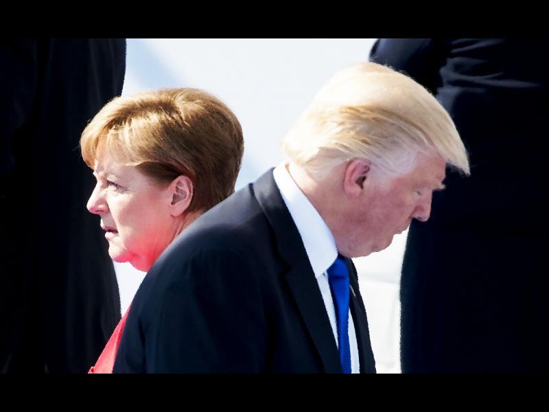 Пат Бюканън: Разпада ли се Западът?