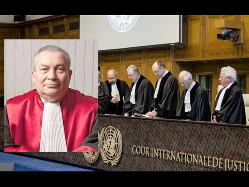 Турция осъди  съдия на ООН на 7 години затвор заради връзки с Гюлен