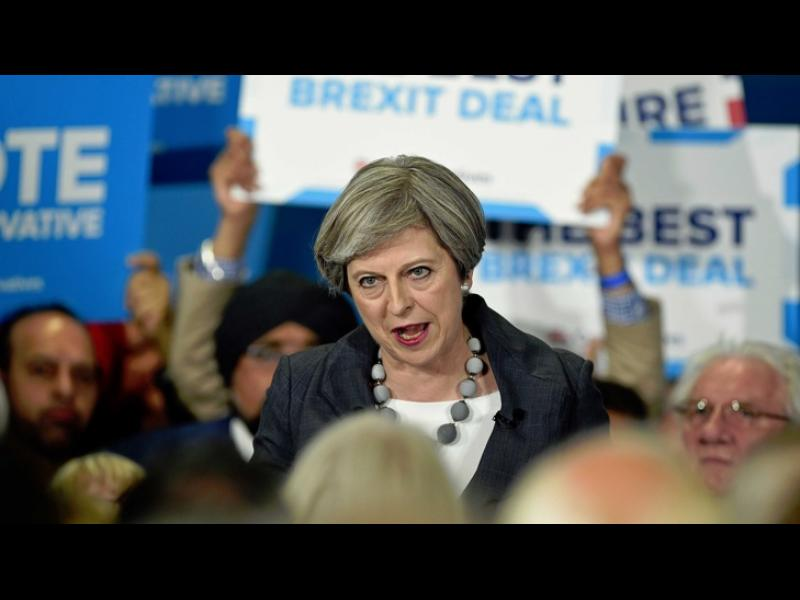 Консерваторите губят парламентарното си мнозинство след вчерашните предсрочни избори във Великобритания