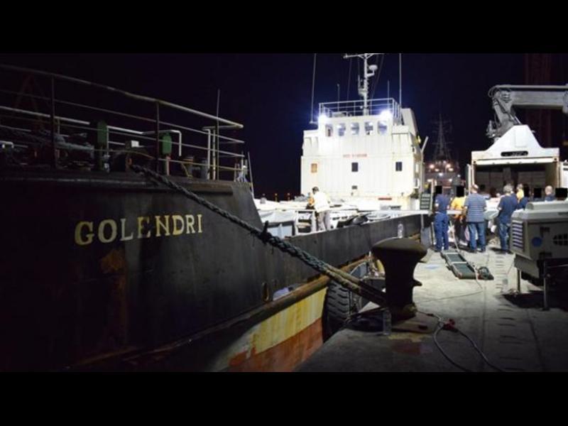 Трилър с контрабандни цигари, заловени до остров Крит, българи в схемата - картинка 1
