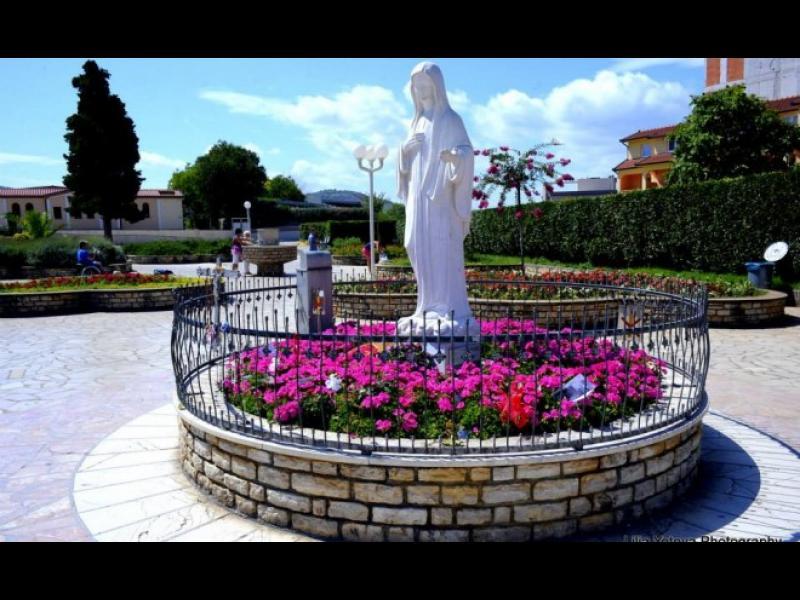 Чудесата в Меджугорие или да видиш Богородица