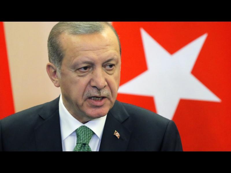Турция разполага войски в Катар