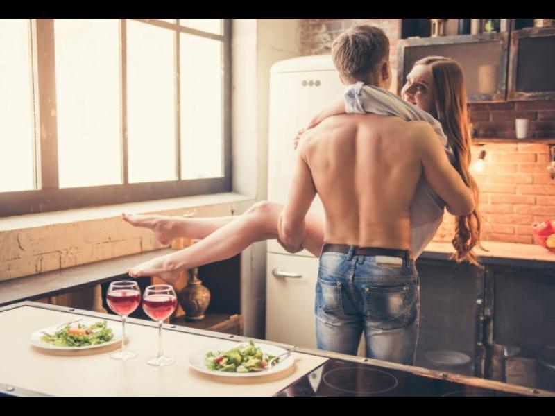 8 момента във връзката, които мъжете запомнят